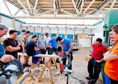 innovativer Spaziergang Murau - Abbundhalle Berufsschule